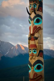 Two Brothers Totem Pole in Jasper National Park-Parks Canada